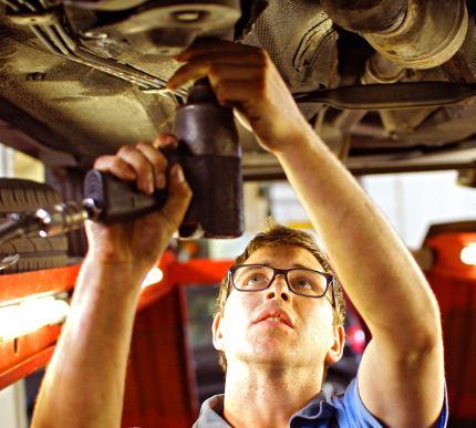 Jonge automobilist vaak geen benul van kosten schaderijden